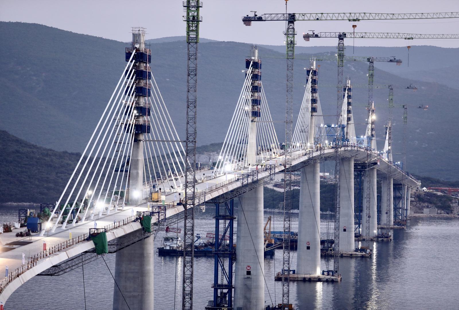 Nema mostarine, sami ćemo plaćati održavanje Pelješkog mosta. Koliko? E, to je zanimljivo...