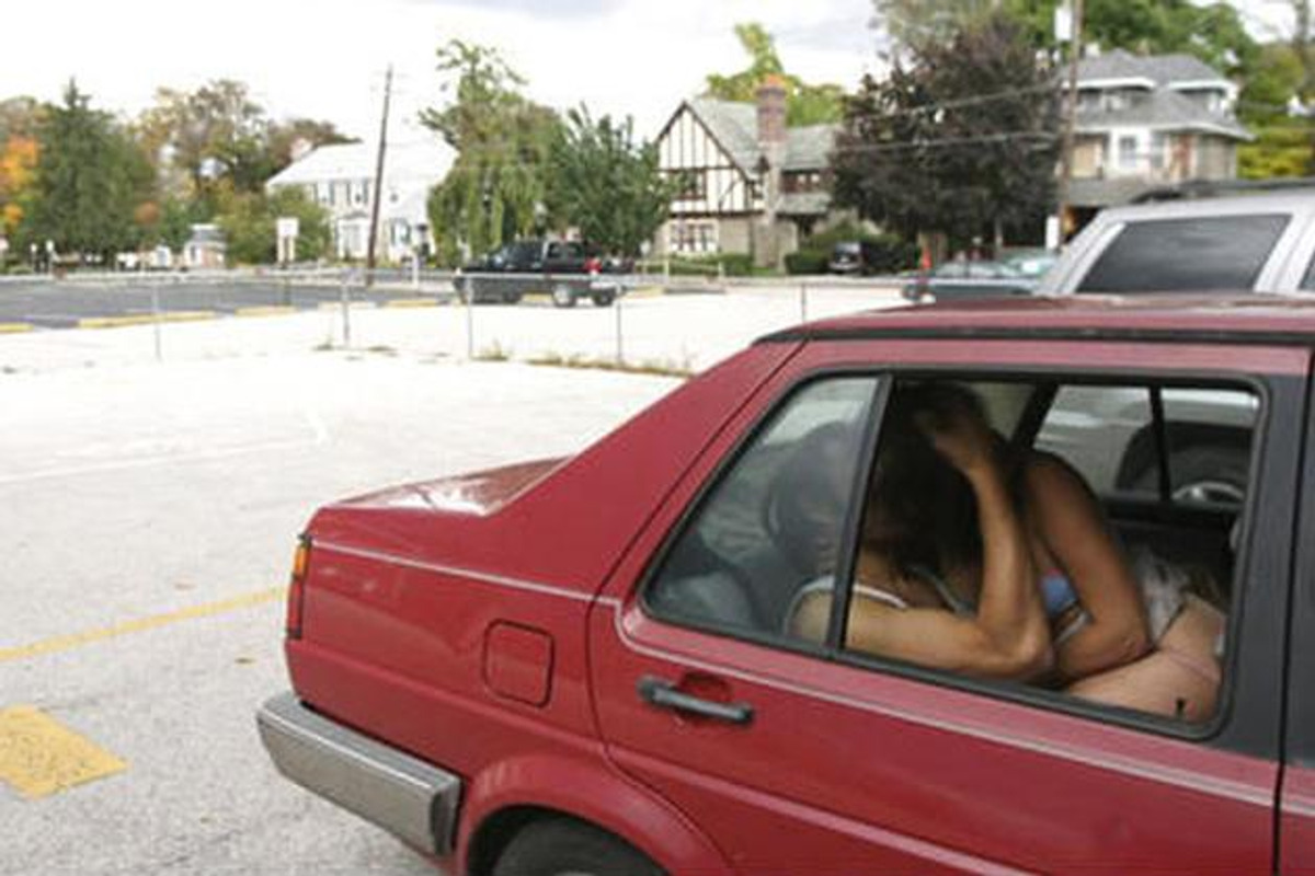 Slike automobilu poze sex u Poze u
